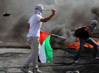 الى المتخلف ترامب : الفلسطينيون ليسوا هنودا حمــــرا – بقلم : وليد رباح