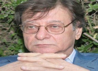 """محمود درويش وقصيدته """" مديح الظل العالي """" بقلم : شاكر فريد حسن"""