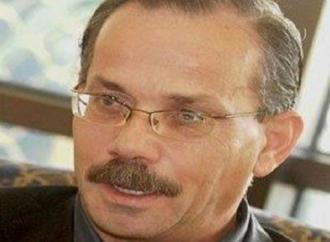 محمد حلمي الريشة في (كتاب الوجه) يطلق العنان لنبض القصيدة – بقلم : محمد علوش