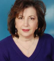 """أقمار """" الروائية والشاعرة الفلسطينية ليانة بدر – بقلم : شاكر فريد حسن"""
