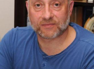 لقاء مع الشاعر و المترجم اللبناني سرجون كرم – حاورته آمنة وناس