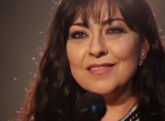 """أمل مرقس في تسجيل وتوزيع جديدين لأغنيتها القديمة """" لا أحد يعلم """" بقلم : شاكر فريد حسن"""