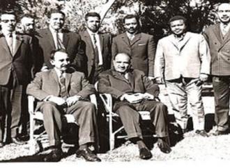 أين جثة ناصر السعيد .. واين جثة جمال خاشوقجي ( الصورة لناصر السعيد مع عبد الله السلال في اليمن وهو الجالس الى اليسار)