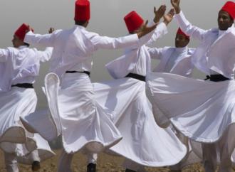 الطرق الصوفية في مصر : موائد الافطار للصائمين تقليد رمضاني – عن موقع القنطرة